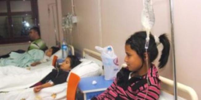 Şanlıurfa'da 14 öğrenci gıda zehirlenmesinden hastaneye kaldırıldı