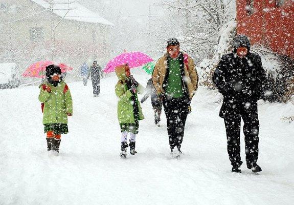 09 Ocak pazartesi günü hangi illerde okullar tatil edildi?