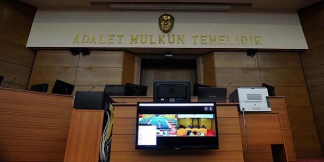 Polis, öğretmen ve işadamı 14 kişinin yargılanmasına başlandı