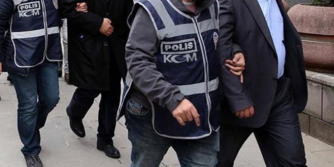 Aydın'da ihraç edilen kamu görevlilerinden 'Bylock' kullancısı 8 kişi tutuklandı