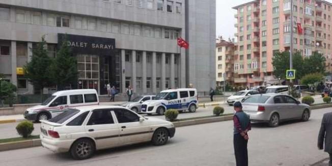 Çorum'da tutuklu 13 eski öğretmenden 3'ü tahliye edildi