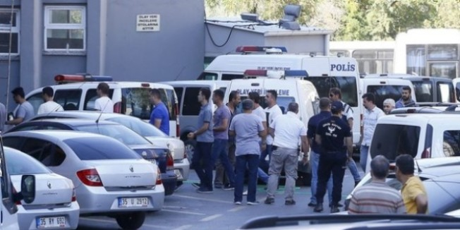 Manisa'da ihraç edilen 7 kamu görevlisi gözaltına alındı