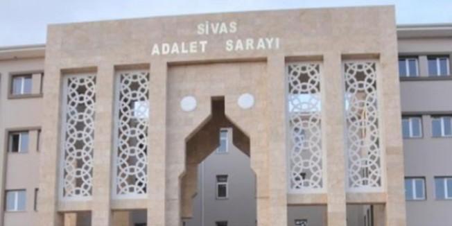 Sivas'ta gözaltına alınan öğretmen ve öğrenci tutuklandı