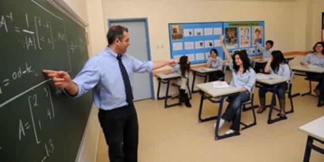 Lise öğrencilerinin projesi sosyal bilgiler kitabına girdi