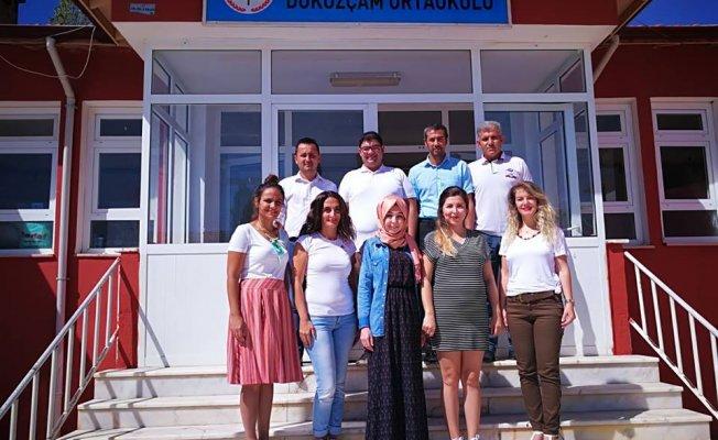 Şehre 45 KM Uzak Ama İki Yıldır İl İkinciliğine Demir Atmış Başarılı Bir Köy Okulu