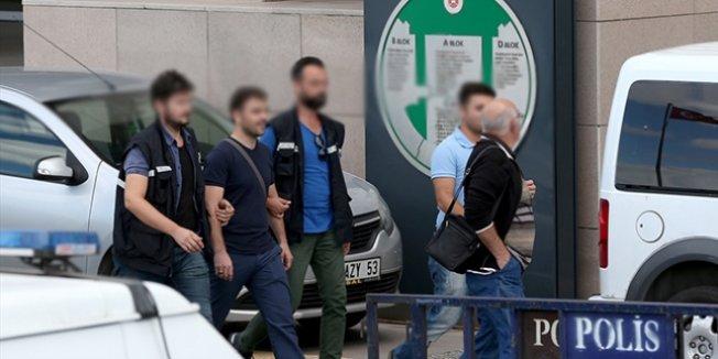 Antalya'da 1'i öğretmen, 3 kamu görevlisi tutuklandı