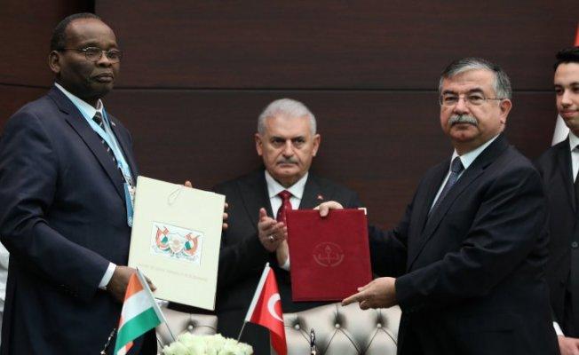 Bakan Yılmaz, Nijerli mevkidaşıyla eğitim alanında iş birliği anlaşması imzaladı