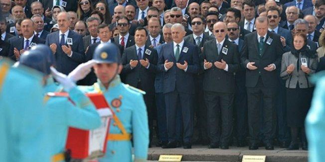 Eski MEB Bakanına TBMM'de Tören