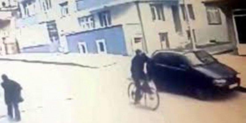 FETÖ şüphelisi eski öğretmen bisikletiyle kaçmaya çalışırken yakalandı