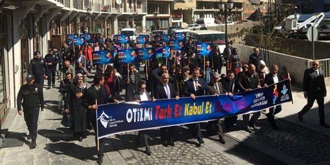 Öğrenciler türkülerini şehit Aybüke öğretmen için söyledi