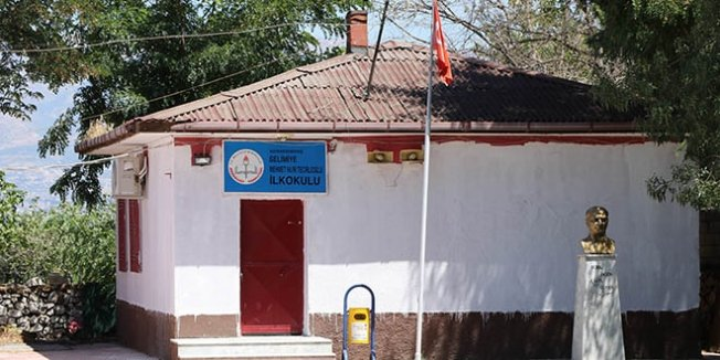 60 yıllık ilköğretim okulu ilgi bekliyor