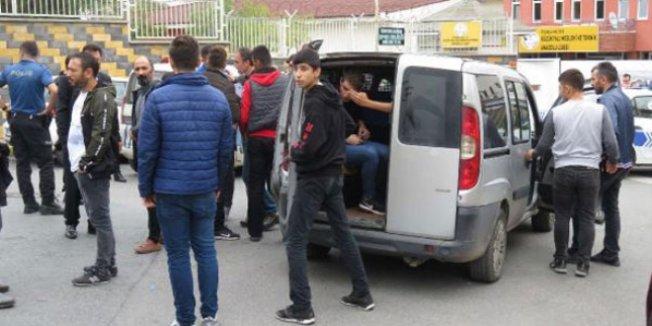İstanbul'daki lisede bıçaklı dehşet! Yaralı öğrenciler var