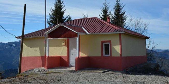 Atıl okullar muhtar odası ve kültür evine dönüşüyor