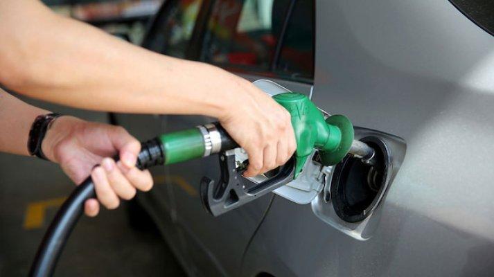 Araç sahipleri dikkat! Benzin ve Motorin'e indirim yapılacak