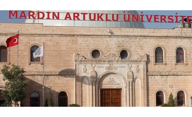 Mardin'de üniversite öğrencilerden biri 'Rektör Danışmanı' olacak