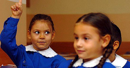 5 yaşında okula başlayan ilkokul birinci sınıfların dersine sınıf öğretmenleri girecek