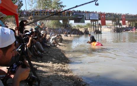 839. 'Sudan Koyun Geçirme Yarışması' yapıldı