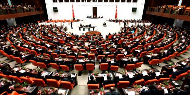 Ağustos'ta 40 bin öğretmen ataması Meclis'te