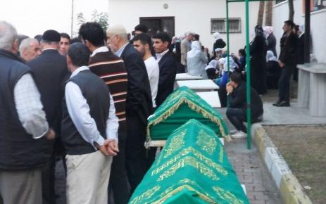 Aile katliamında ölenlerden 5'inin cenazesi Adli Tıp'tan alındı