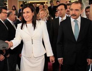 AK Parti'de Baş-Dinçer gerilimi...