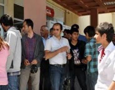 Anadolu Lisesi'nde not kavgasına gaz bombalı müdahale