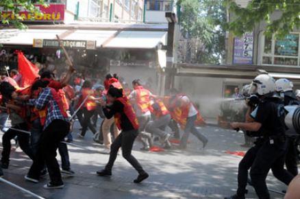 Ankara'da öğrencilere polis müdahalesi: 11 gözaltı