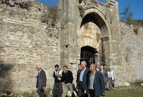 Antalya'da Selçuklu eserleri birbir ayağa kaldırılıyor