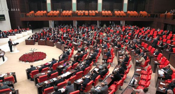 Atanamayan Öğretmenler Hakkında Meclise Soru Önergesi