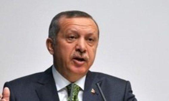 Başbakan Erdoğan: Hakan Şükür, attığı gollerle tarih oldu