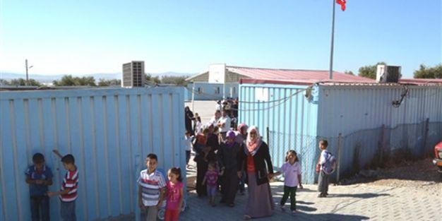 Binası olmayan okulda eğitim, konteyner sınıflarda başladı