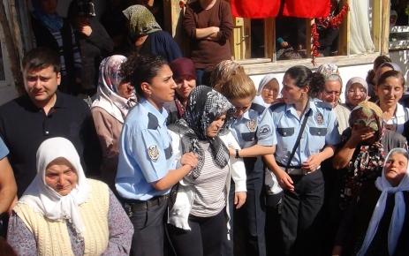 Burdur, şehit polis memurunu uğurladı