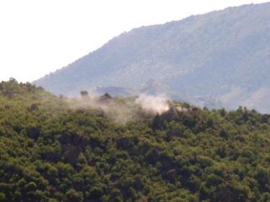 Çukurca'da kaymakamın koruması silahlı saldırıya uğradı
