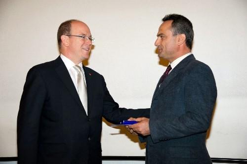 Doç. Dr. Alçiçek'e Monako İnsanlık Paleontoloji Enstitüsü Ödülü verildi