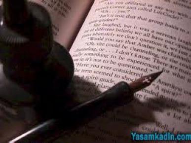 Edebiyat kitaplarına Bayrak şiiri rötuşu