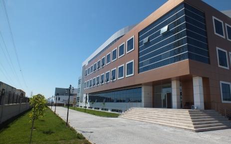Erdoğan ve Aliyev'in temelini attığı Haydar Aliyev Meslek Lisesi tamamlandı