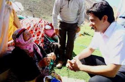 Fedakar öğretmenler köyleri gezerek vatandaşları bilinçlendiriyor