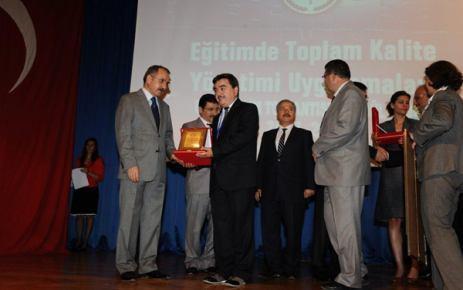 Gemlik Anadolu İmam Hatip Lisesi Türkiye ikincisi oldu