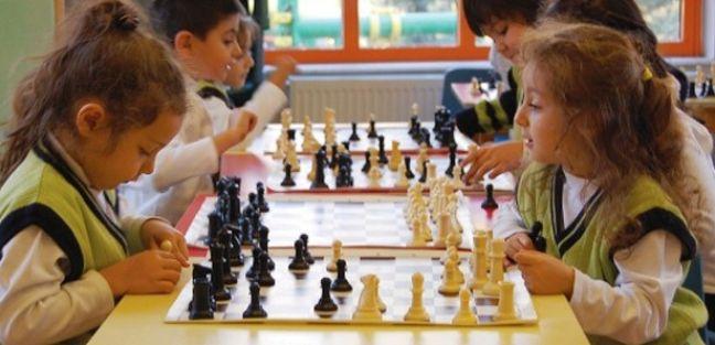 İlkokula başlayan öğrenciler satrançla tanışacak