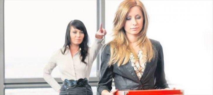 İşverenin zoruyla istifa edene tazminat