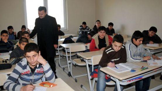 İzmir'de 30 dershane özel okul olmak için başvurdu