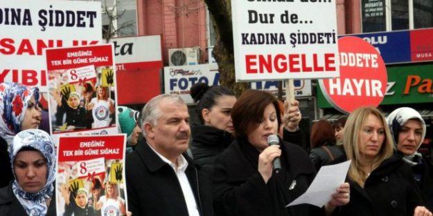Kadın öğretmenler şiddeti protesto etti