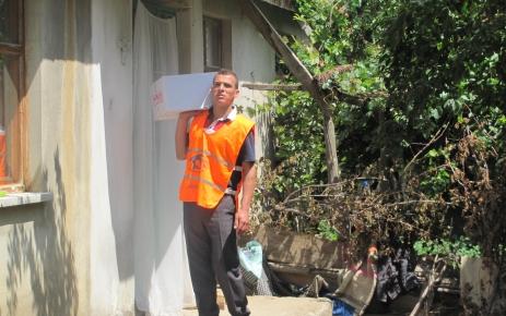 Kimse Yok mu Seydişehir gönüllüleri, ihtiyaç sahibi aileleri unutmadı