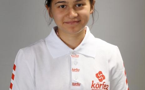 Körfez Dershanesi öğrencisi Şeyma Ceren Şenyiğit, Türkiye birincisi oldu