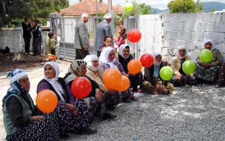 Köy çocukları şehirdeki akranlarının oyunlarını oynadı