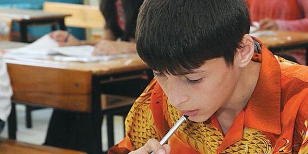 Lise kayıt süreci tüm yaza yayılacak