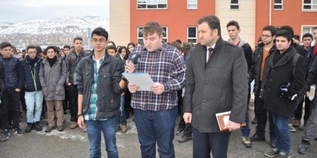 Lise öğrencilerinden 'Okul Birleştirme' tepkisi