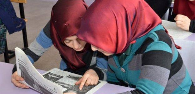 Liseli öğrencilerden Osmanlıca okul gazetesi