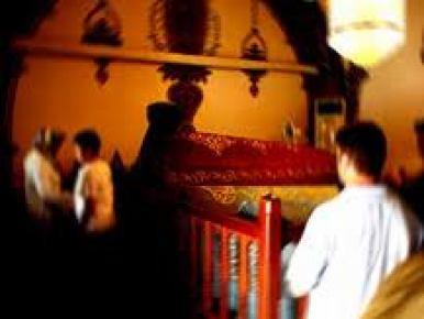 LYS öncesi öğrenciler, Hacı Bayram-ı Veli Türbesi'ne akın etti