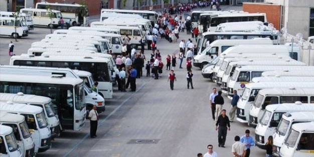 MEB, 1 milyon 210 bin 615 öğrenciyi taşıdı