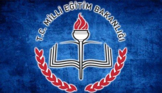 MEB'den 'başörtülü' öğretmen açıklaması